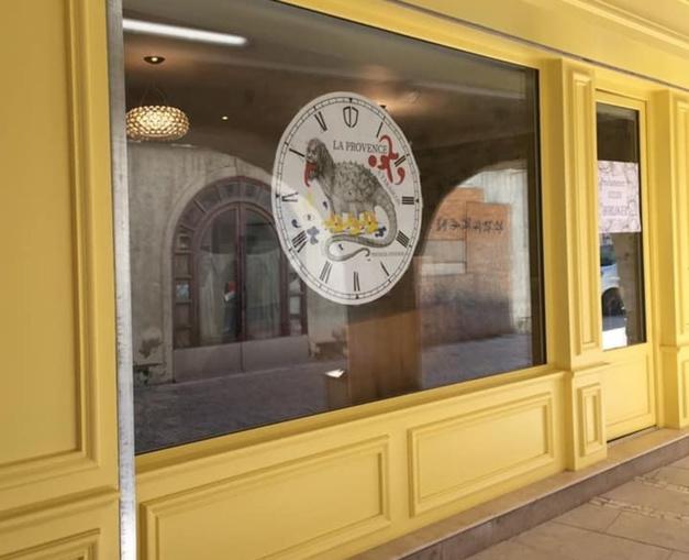 Hic et Nunc : un nouvel atelier-boutique d'horlogerie à Tarascon