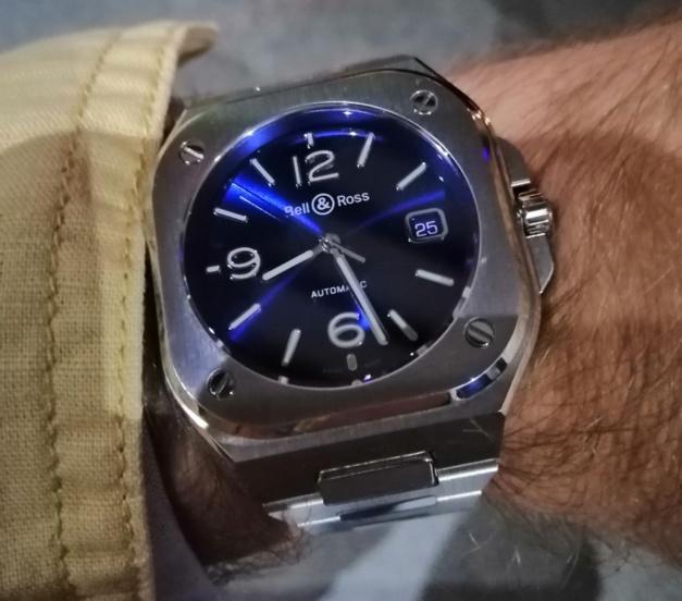 BR05 Bell & Ross blue dial
