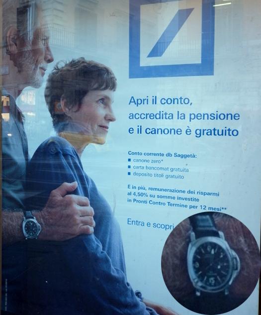 Rome : un mannequin porte une Luminor Panerai dans une publicité pour la Deutsche Bank