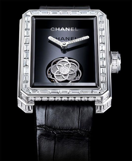 Chanel Première Tourbillon volant stylisé en camélia et diamants