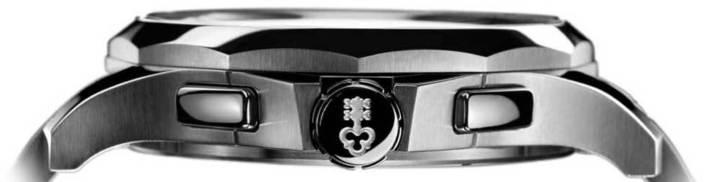 Corum Admiral's Cup Legend 42 Chrono : élégante et sportive