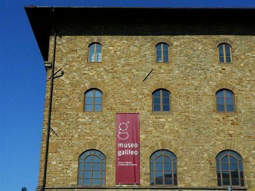 Officine Panerai offre son Jupiterium au Museo Galileo de Florence