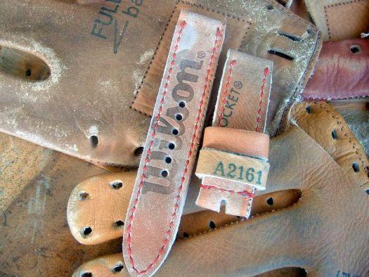 bracelet montre Eunos réalisé dans un gant de baseball