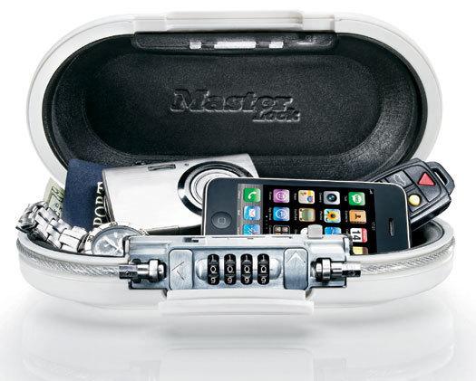 Safe Space : le mini coffre-fort portatif idéal en voyage ou au sport…