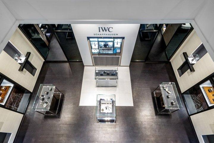 IWC ouvre à Paris au 15 de  la rue de la Paix