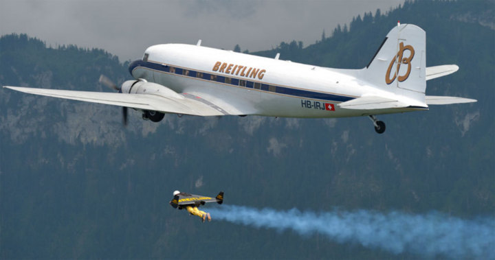 Jetman : aux premières loges depuis le Breitling DC-3
