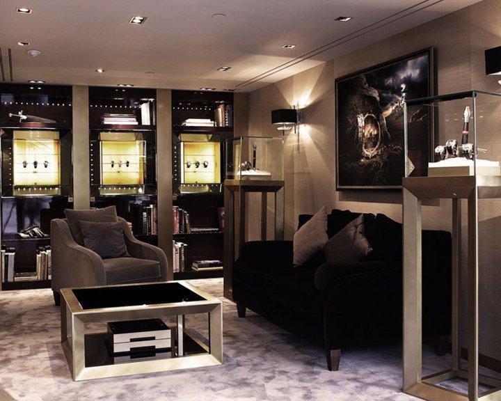 Roger Dubuis présente ses nouvelles boutiques