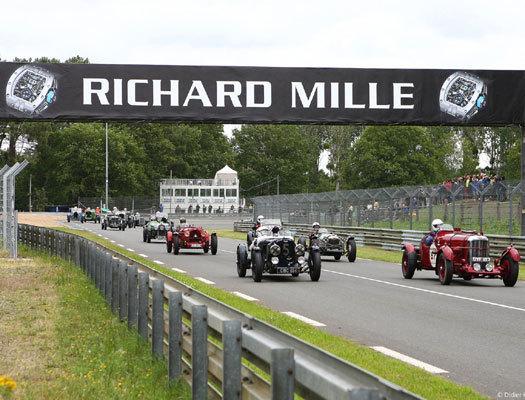 Le Mans Classic 2012, crédit photo Didier Gourdon