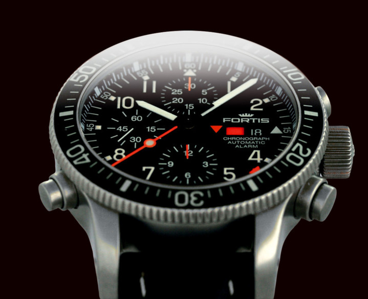 FORTIS OFFICIAL COSMONAUTS CHRONOGRAPH in the striking B-42 design