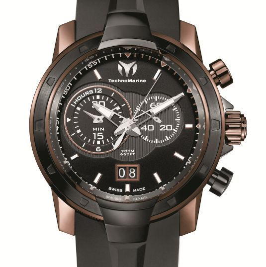 technomarine uf6 chronographe grande date quartz de luxe. Black Bedroom Furniture Sets. Home Design Ideas