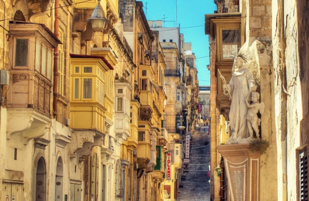 Battery street La Valette, crédit photo © Office du Tourisme de Malte