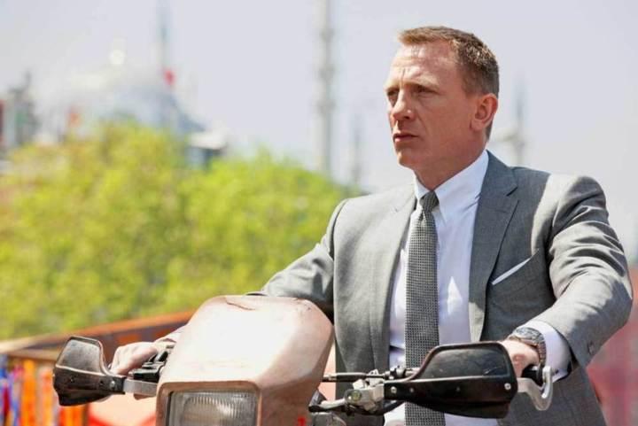Daniel Craig, Skyfall, DR