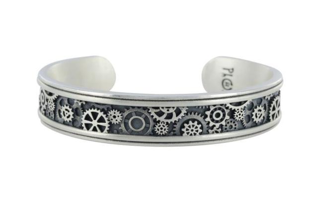 Dans les rouages du bracelet Engrenages de chez Tournaire