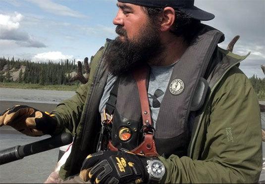 Alaska : un homme sauvé grâce à l'émetteur de sa Breitling Emergency