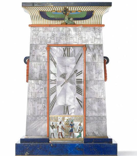 Pendule Egyptienne, sonnerie au passage. Cartier Paris, 1927. (N. Welsh, Collection Cartier © Cartier)