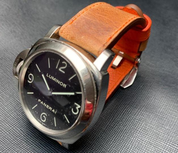 Panerai PAM 219 sur bracelet sur-mesure ABP Concept en chameau avec couture orange