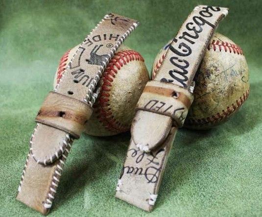bracelet-montre réalisé en gant de baseball