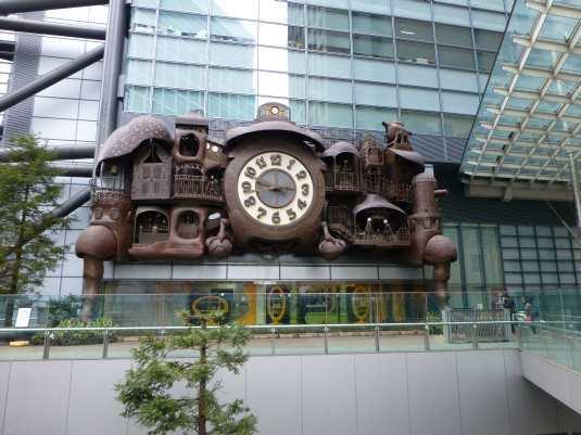 Horloge de Miyazaki dans Shiodome, Tokyo
