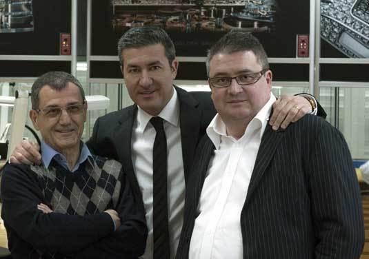 Vincent Calabrese à gauche et Antionio Calce au centre