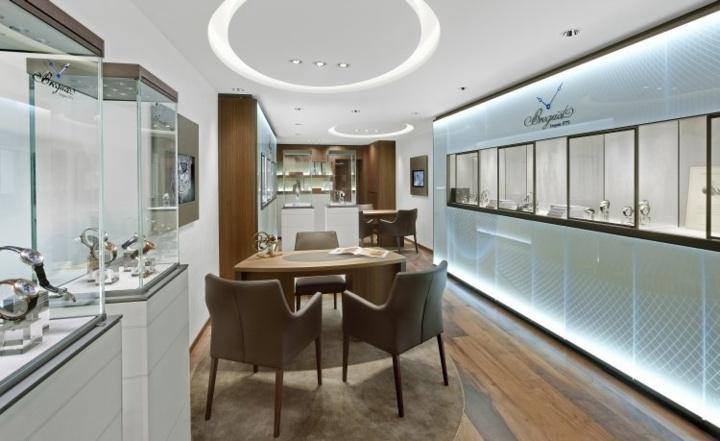 Breguet : la boutique de Cannes-La Croisette fait peau neuve