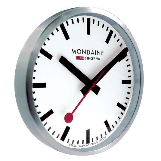Horloge Mondaine
