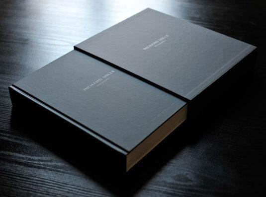 Richard Mille La Monographie 1 : ce luxueux coffret-livre est disponible chez Mister-Chrono