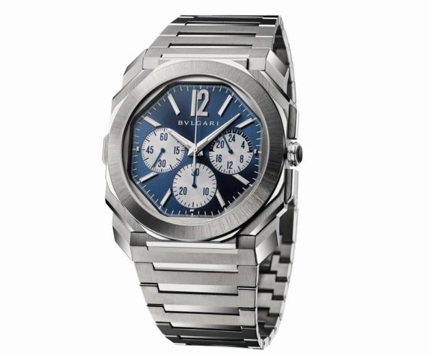 Octo Finissimo Chronographe GMT Automatique : retour en acier et cadran bleu