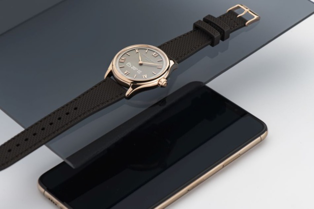 Frédérique Constant et Alpina s'installent à la Fnac avec leurs montres connectées