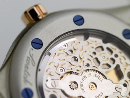 « Diaphane One Turning Gold » de Swatch