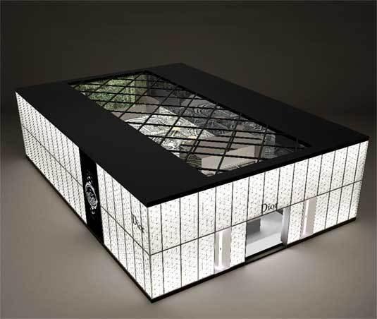 Bâle : un nouveau stand Dior Horlogerie