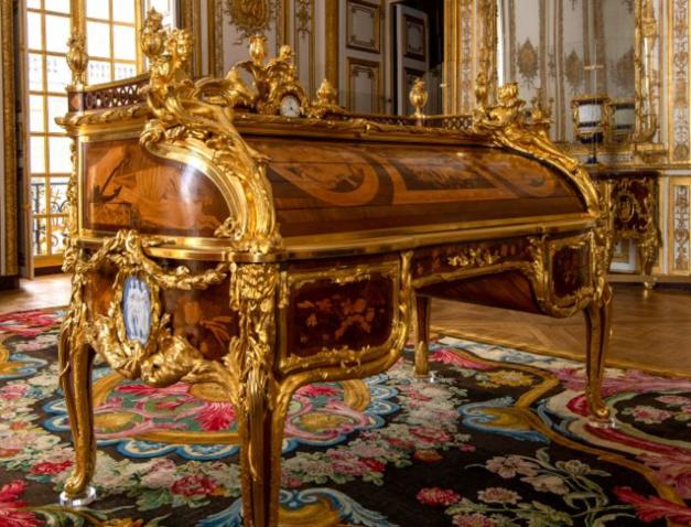Château de Versailles : Rolex mécène de la restauration du cabinet d'angle du Roi