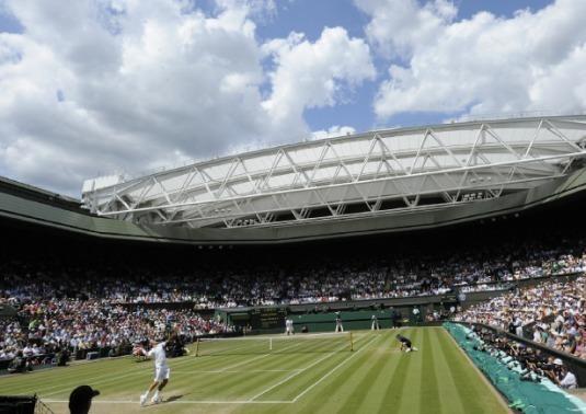 Rolex et le tennis : de Wimbledon à Roger Federer...