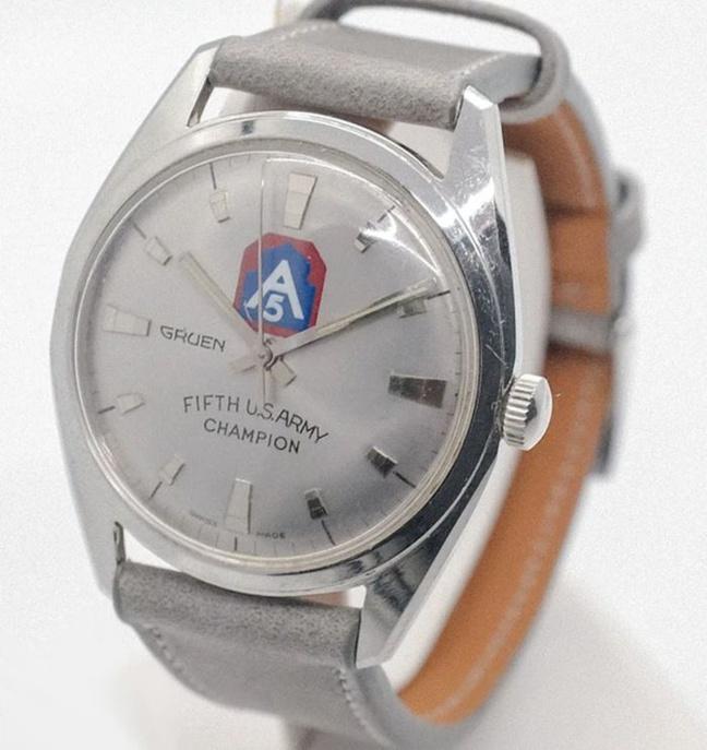 USA : J.Press et sa sélection de montres vintage