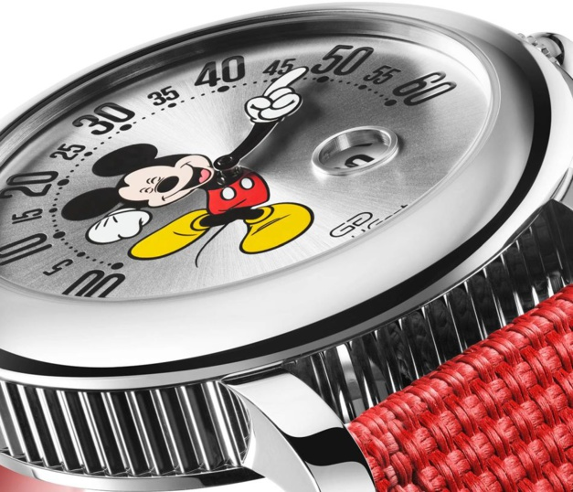 Gerald Genta Arena Retrograde Mickey Mouse