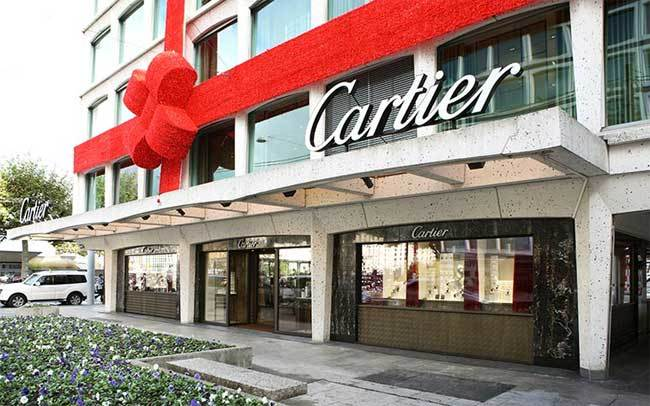 Genève : Cartier rue du Rhône rouvre ses portes…