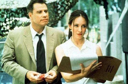 Le déshonneur d'Elisabeth Campbell : John Travolta porte une Hamilton Khaki Field Chronograph