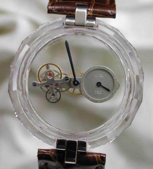 """une montre au """"minimalisme impeccable"""" ? 6343988-9567889"""
