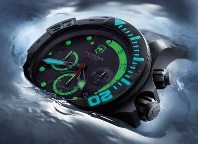 Victorinox Swiss Army Dive Master 500 en titane