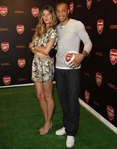 Gisele, le visage de Ebel, et Thierry Henry, ex capitaine d'Arsenal