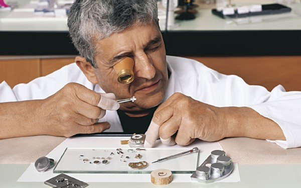 A. Lange et Söhne : un Phénix renaît de ses cendres pour produire… les meilleures montres du monde