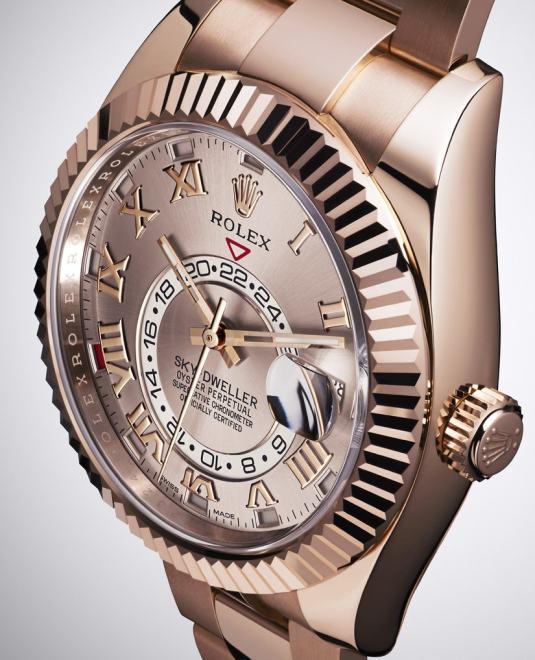 Rolex Sky-Dweller : arrivée du modèle « full » or rose