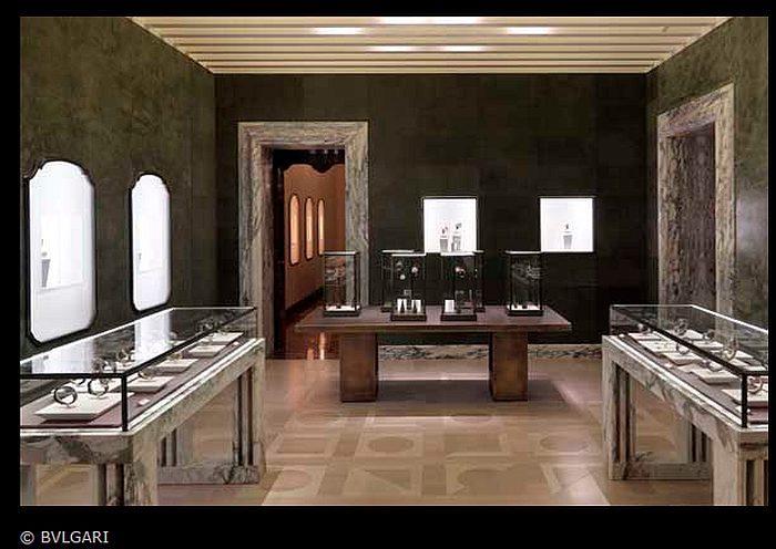 Bulgari : la boutique historique de Rome revue par Peter Marino