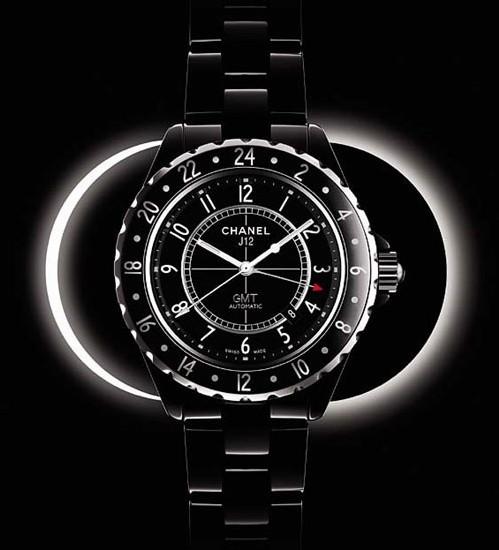 Chanel J12 GMT en céramique noire