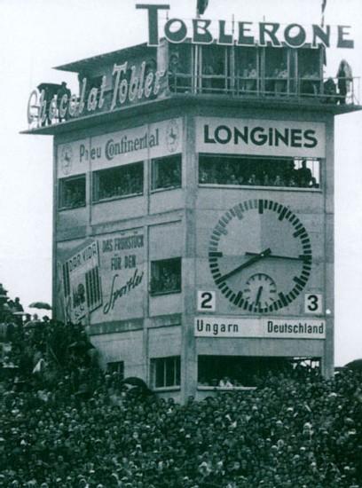 Stade de Suisse : la légendaire horloge du Wankdorf fête son retour