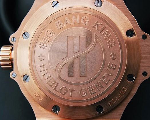 Hublot Big Bang King en or et céramique : une plongeuse somptueuse et très luxueuse
