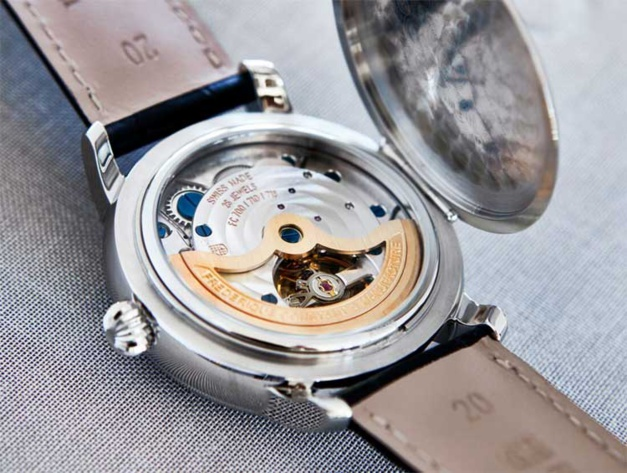 Frédéric Constant Classic Manufacture Moonphase