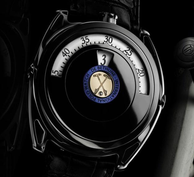 De Bethune DB27 Polo Edition digitale : pur-sang horloger