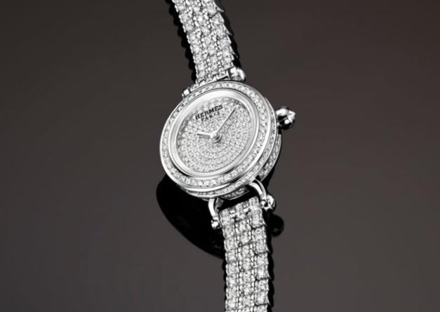 meilleur prix plus tard large choix de couleurs Hermès Faubourg Joaillerie : plus de 600 diamants au poignet