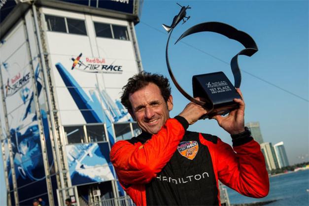 Red Bull Air Race : Nicolas Ivanoff remporte la première course de la saison