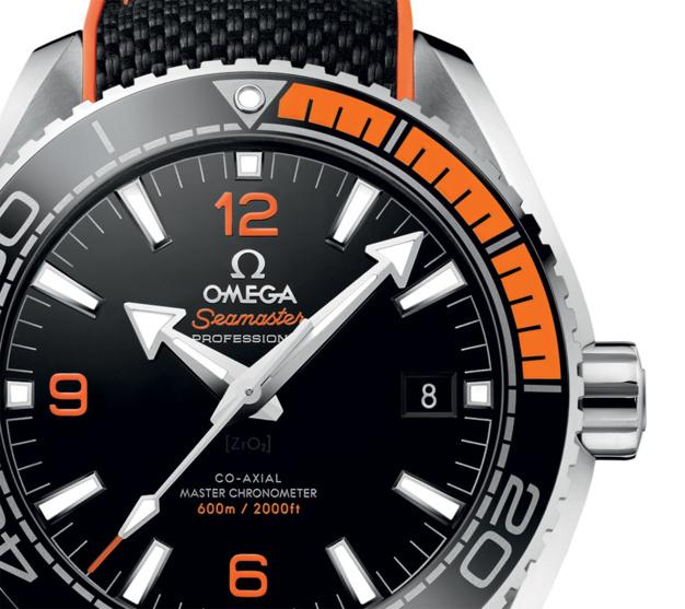 Omega Seamaster Planet Ocean : lunette céramique et caoutchouc